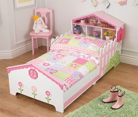 Dollhouse Toddler Bed,