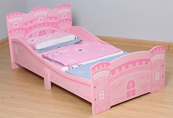 Jaren Castle Convertible Toddler Bed with Mattress