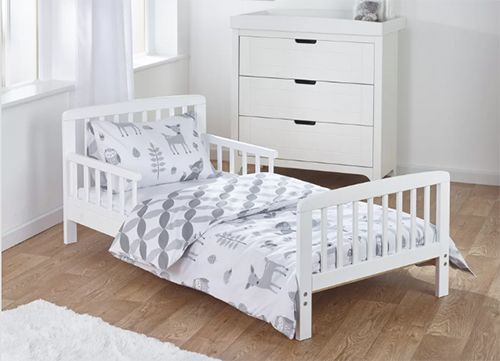 Heather Toddler Bed Frame with Bedding Set