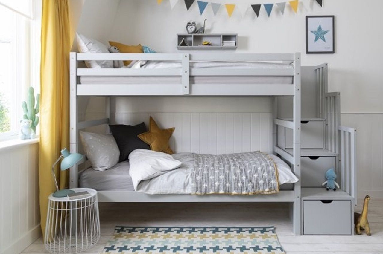 Picture of: Bunk Beds With Storage 8 Of The Best You Can Buy Online Kids Beds Experts