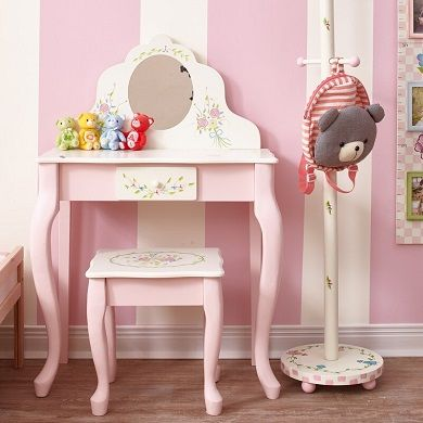 Aiken Classic Dressing Table Set with Mirror, by Harriet Bee