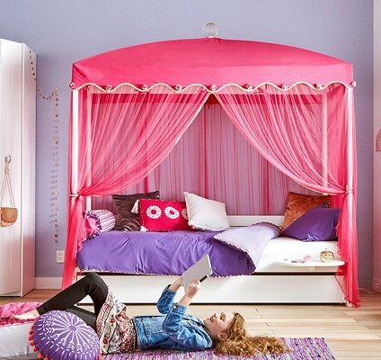 Lifetime 1001 Nights 4 Poster Bed