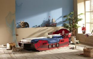 Best Pirate Ship Beds by Just Kids