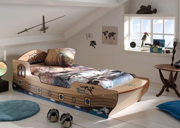 Etter European Single Boat Bed Frame, by Zoomie Kids